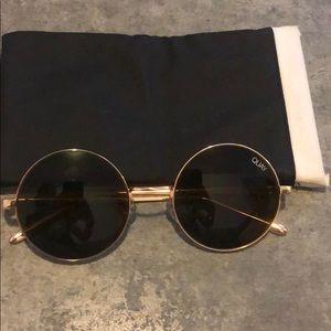 QUAY circle sunglasses